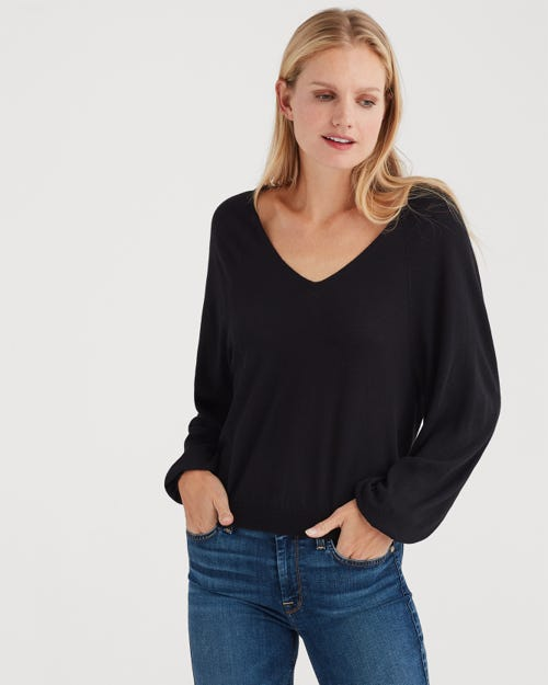 CURVED NECK CROP SWEATER BLACK