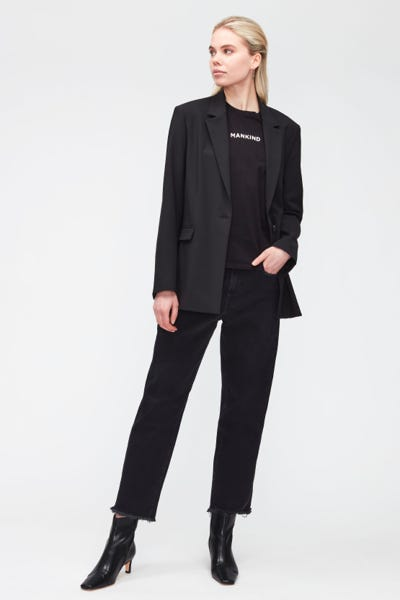 THE MODERN STRAIGHT FEARLESS WITH FRAYED HEM