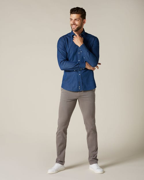 EXTRA SLIM CHINO LUXE PERFORMANCE SATEEN STONE STONE