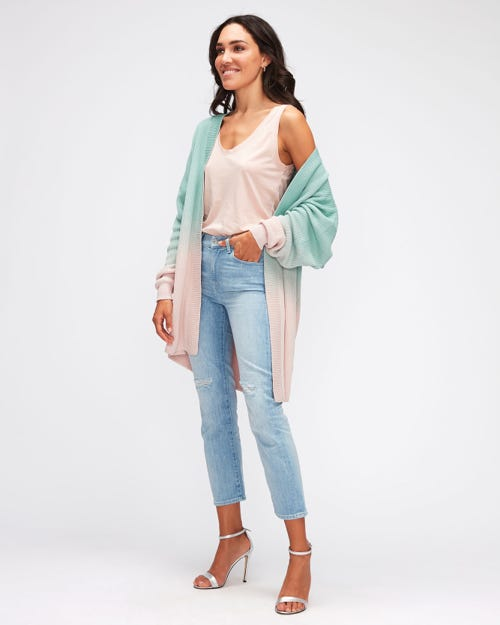 THE STRAIGHT CROP LEFT HAND RENEW DISTRESSED